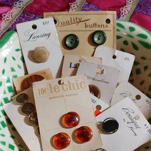 13 vintage button card lot